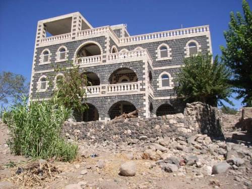 In Idil: Neu erbautes Haus