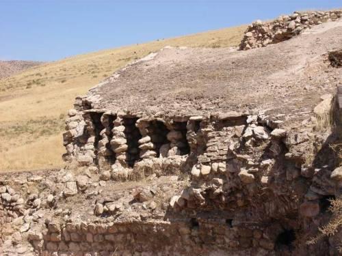 In der Nähe von Hasankeyf - Kloster Mor Aho