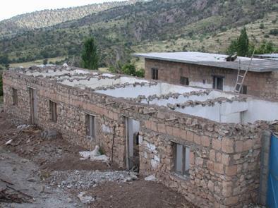 Sanierung der Dächer in Dehy