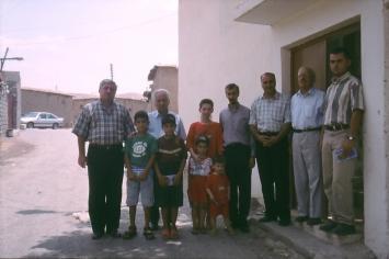 Besuch des armenischen Pfarrers in Zahko