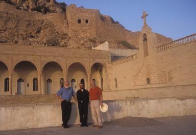 Ein junger Mönch freute sich über unseren Besuch im Juli 2003