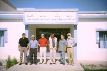 Besuch der erweiterten Schule in Sarsink im Jahr 2003