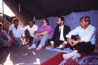 Im assyrischen Gästezelt 1991 im Flüchtlingslager