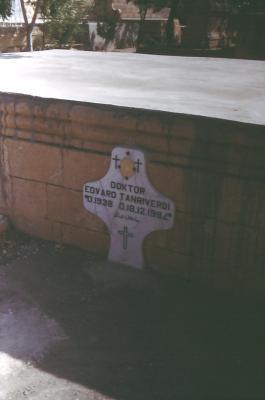Das Grabmal von Dr. Tanriverdi - im Jahr 1995