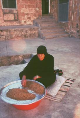 Eine Schwester in Salah bei der Arbeit