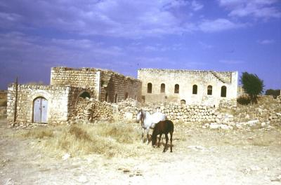 Leere Häuser in Kafro - im Jahr 1995