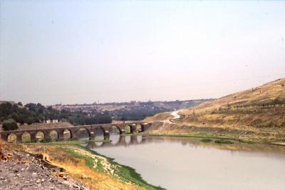 römische Brücke über den Tigris in der Nähe von Diyarbakir
